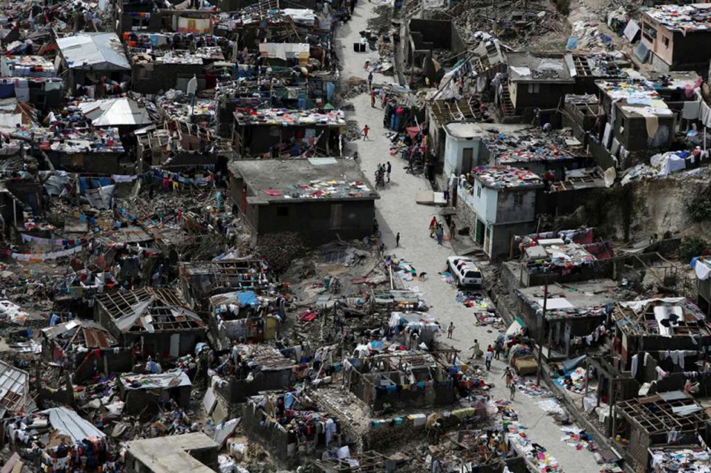 haiti-hurricane-matthew-destroyedtown